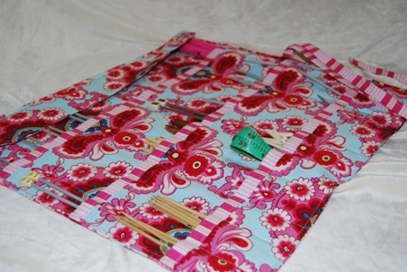 The Knit & Go Girl Deluxe Needle Roll
